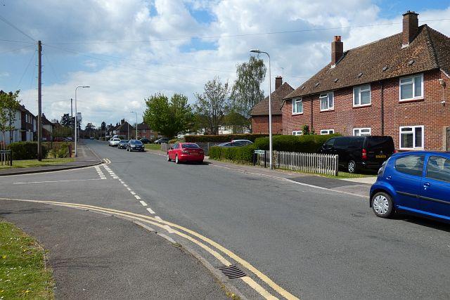 Almond Avenue, Newbury