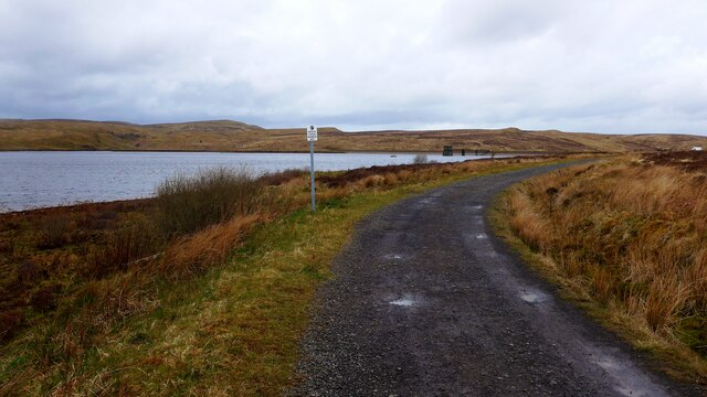 The track by the Burncrooks Reservoir