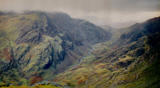 The middle section of the highly glaciated Bwlch Llanberis
