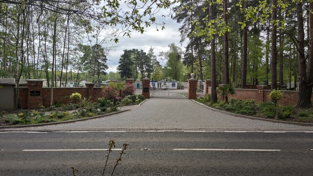 Entrance to Pineacre Park Homes
