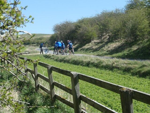 Cyclists in Goodmanham Dale