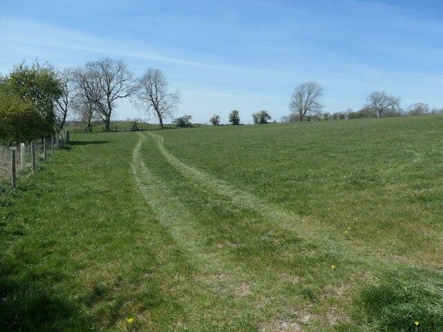 Farmland near Goodmanham