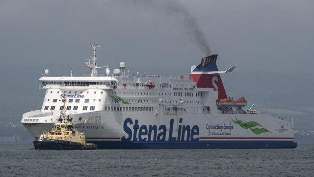 The 'Stena Superfast VIII' approaching Belfast