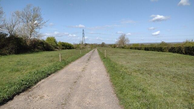 Bridleway heading to Long Leys Farm