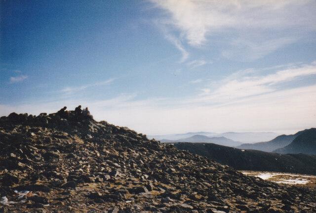 The summit of Y Garn