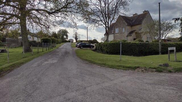 Path and drive heading up towards Bowles Farm