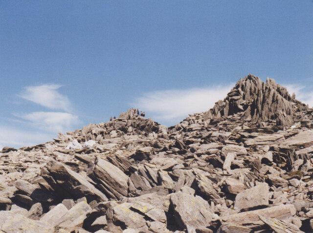 Blockfield below the summit of Glyder Fawr