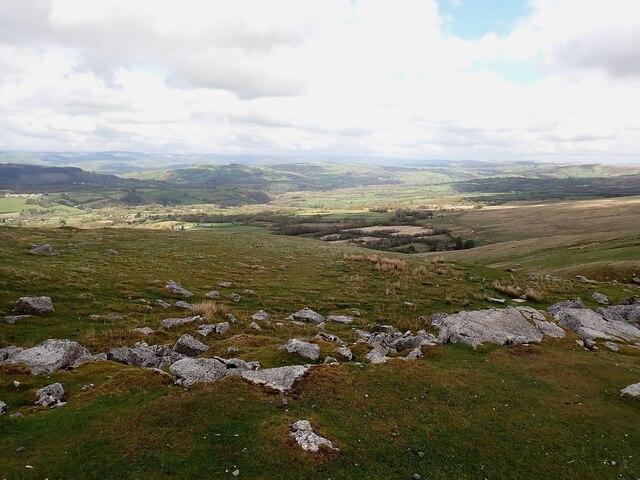View northwards from around Pant-y-drefnewydd