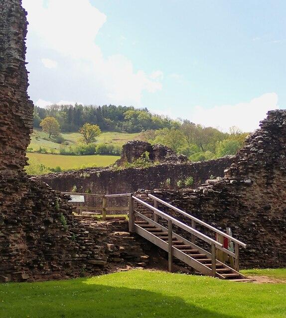 Skenfrith Castle - Modern entrance steps