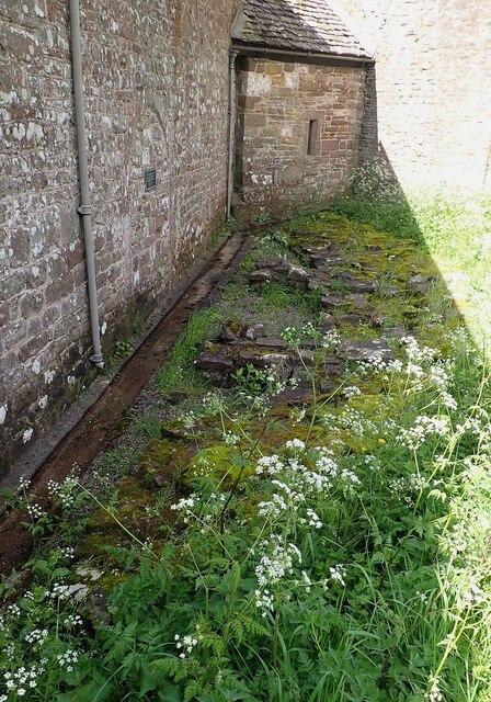 Garway - St Michael's Church - remains of Templar circular nave