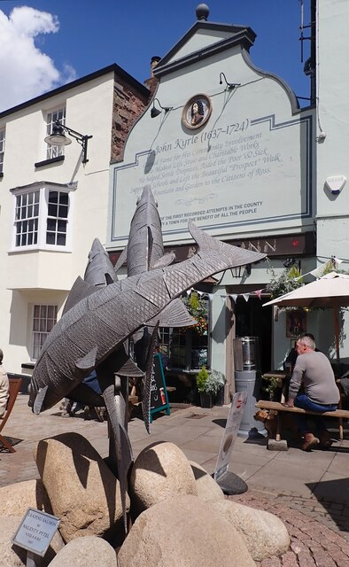 Ross on Wye - The Man of Ross PH with fish sculpture