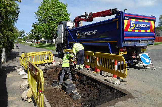 Workmen in a Hole