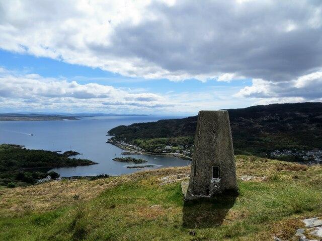 Glenakill trig pillar on Cnoc a' Bhuic 170m above Tarbert