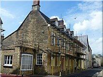 SP0202 : Cirencester houses [22] by Michael Dibb