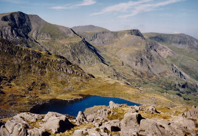 Llyn Bochlwyd and the eastern flank of Y Glyderau from the slopes of Tryfan