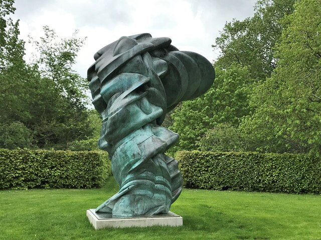 Tony Cragg at Houghton Hall - A close view of Tommy (2013)