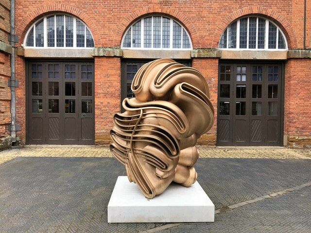 Tony Cragg at Houghton Hall - A close view of Migrant  (2015)