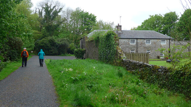 Orchard Cottage, on the way to Rigg Bay