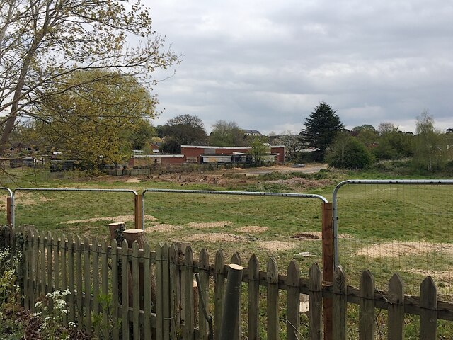 Action at the former Ridgeway School site, Montague Road, Warwick