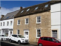 SP0202 : Cirencester houses [43] by Michael Dibb
