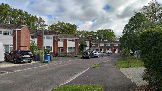 Robins Grove Crescent
