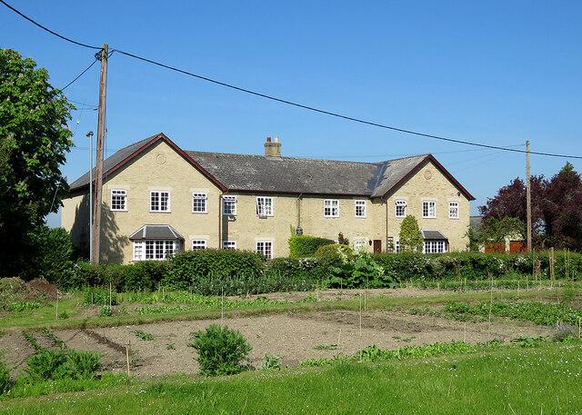 Comberton: Church Farm Cottages