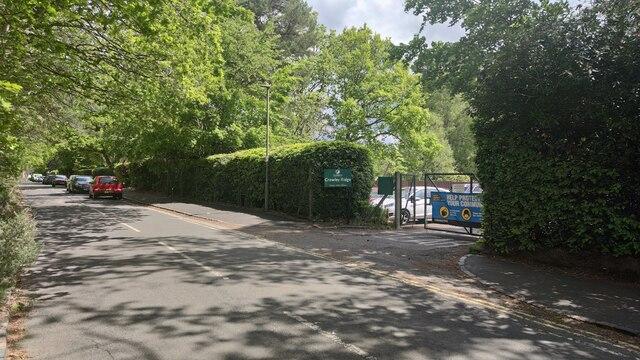 Crawley Ridge Infant School entrance