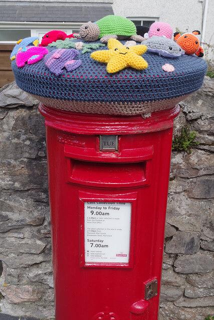 Postbox at Turnchapel