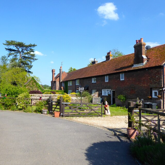 Summerford Farmhouse/Riverside Cottages/Diary Cottage