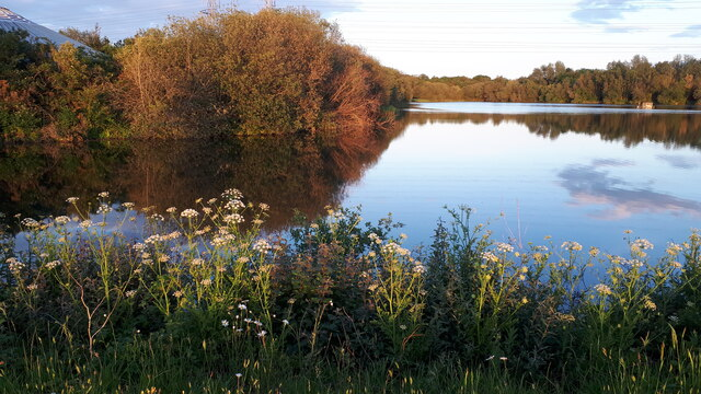 Evening light on Little Testwood Lake
