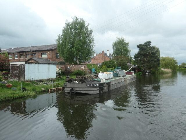 Bridgewater Canal, east of Barsbank Aqueduct, Lymm