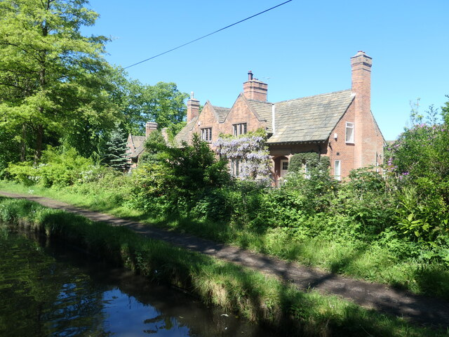 Canalside houses, Higher Walton