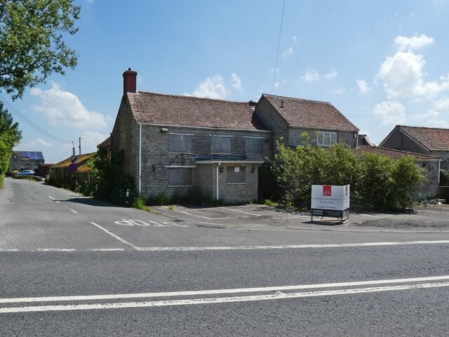 Former 'Queens Arms' public house at Wraxall Cross
