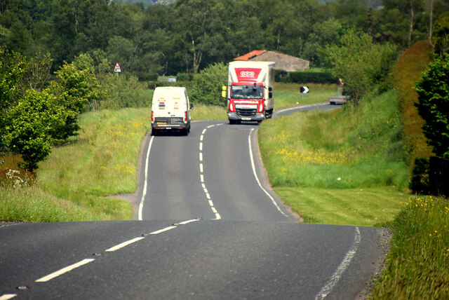 Passing vehicles on Tattyreagh Road, Freughmore