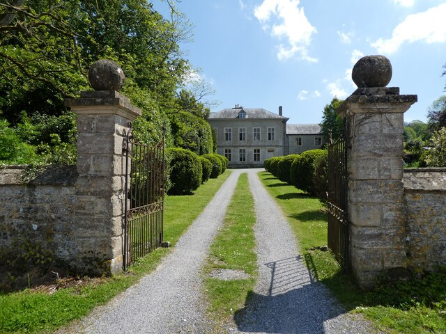 Driveway at Pylle Manor