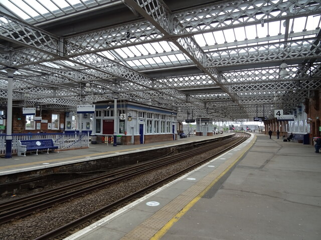 Platforms 3 and 4, Paisley Gilmour Street Railway Station