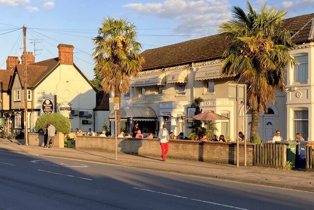 Cherry Hinton Road: eating out on a June evening