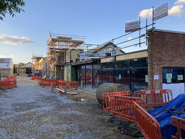 Cherry Hinton Road: building continues at Old Swiss