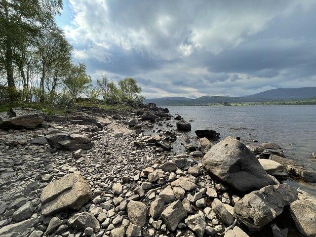 The shoreline of Loch Rannoch