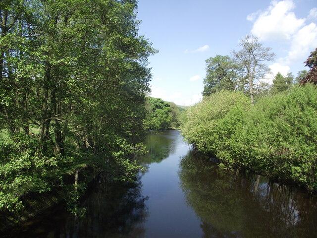 River Derwent upstream from Leadmill Bridge