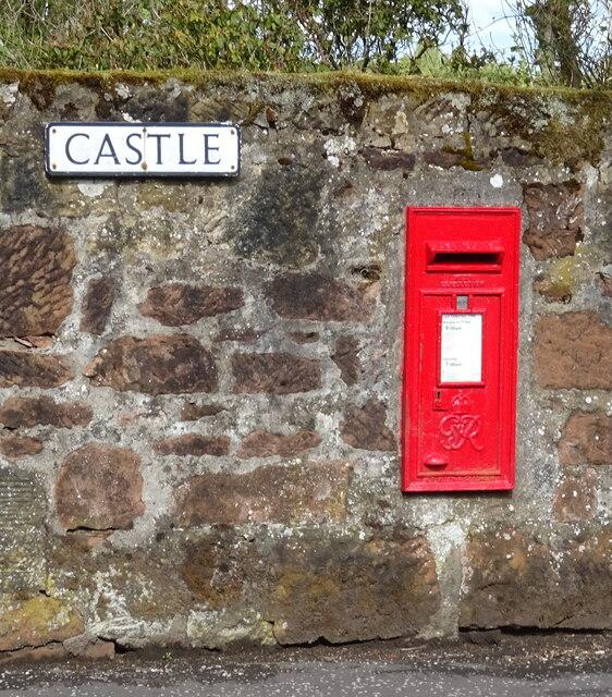 George VI postbox on Castle, New Cumnock