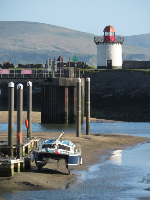 Burry Port harbour and lighthouse