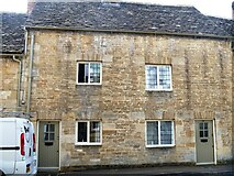 SP0202 : Cirencester houses [58] by Michael Dibb