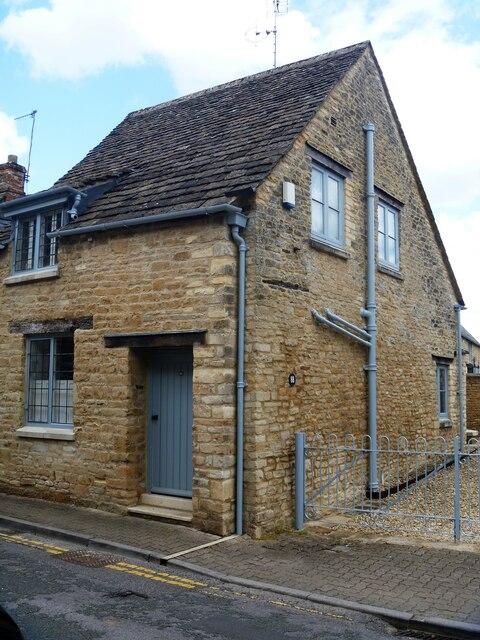 Cirencester houses [59]