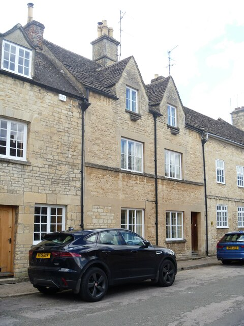 Cirencester houses [69]
