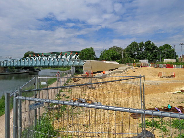 Abbey-Chesterton Bridge: north-bank progress