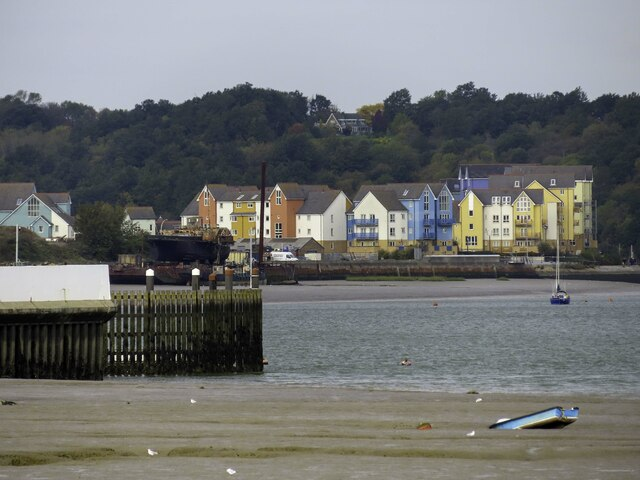 Colourful houses on Finsborough Ness