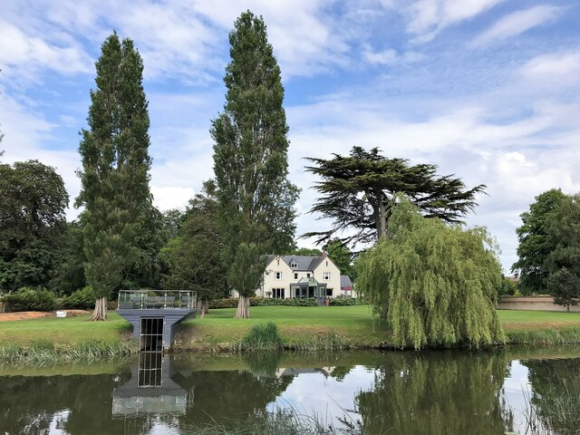 Riverside house and garden in Godmanchester
