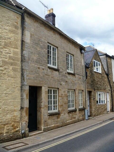Cirencester houses [75]