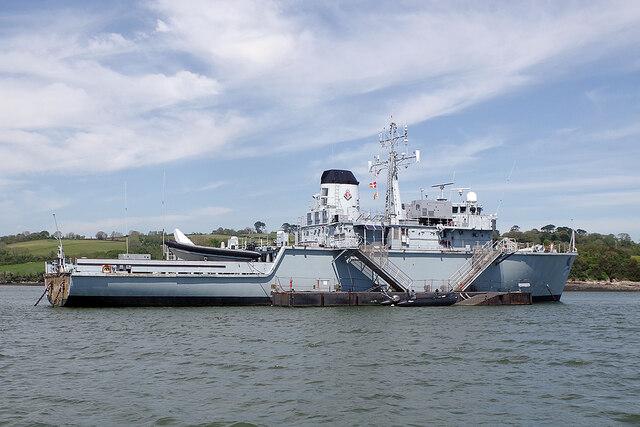 HMS Brecon at Antony Passage